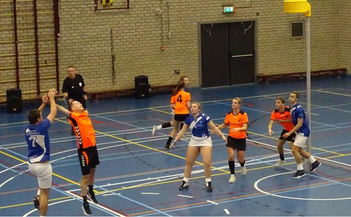 Sam van der Beek Dindoa 2 korfbal