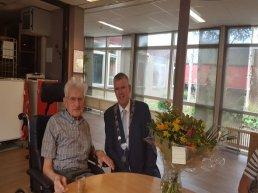 De heer E. van de Kamp 102 jaar