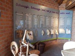 Braille en grootletter voor bezoekerscentrum Ermelosche Heide