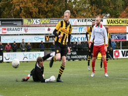 DVS'33 Ermelo loopt averij op tegen Barendrecht na direct vertrek trainer (wedstrijdverslag)