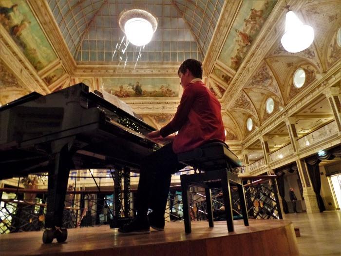 Uniek dwaallichtfestival in Ermelo. Concerten in 12 huiskamers
