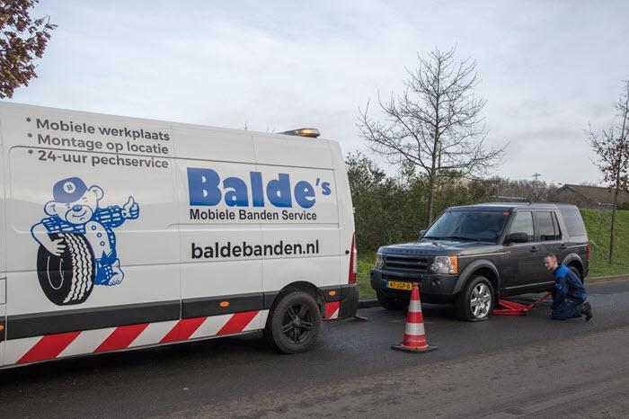 Balde's Banden Service ontzorgt bij lekke band