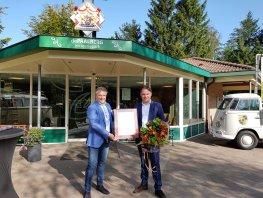 Recreatiepark de Paalberg in Ermelo ontvangt predicaat Koninklijke hofleverancier