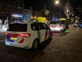 Vrouw zorgt voor overlast bij supermarkt in Ermelo en raakt onwel in politiebus