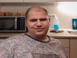 Ermelose gezichten in coronatijd: werknemer Proson Martijn Schoonhoven (37)