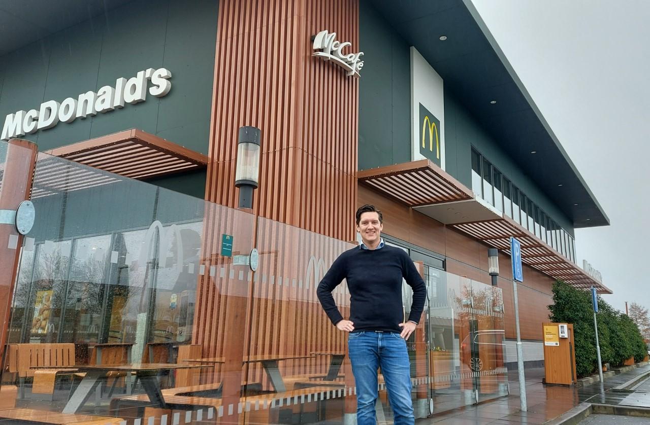 Rogier Pull runt de McDonald's in Harderwijk, Ermelo, Nijkerk en Lelystad: 'We blijven ons ontwikkelen'