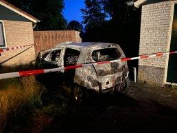 Auto uitgebrand op Gentenerf in Ermelo
