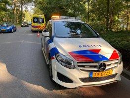 Ongeval met auto en fietser op de Horsterweg in Ermelo