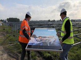 Bouw zonnepark Schaapsdijk in Ermelo feestelijk gestart
